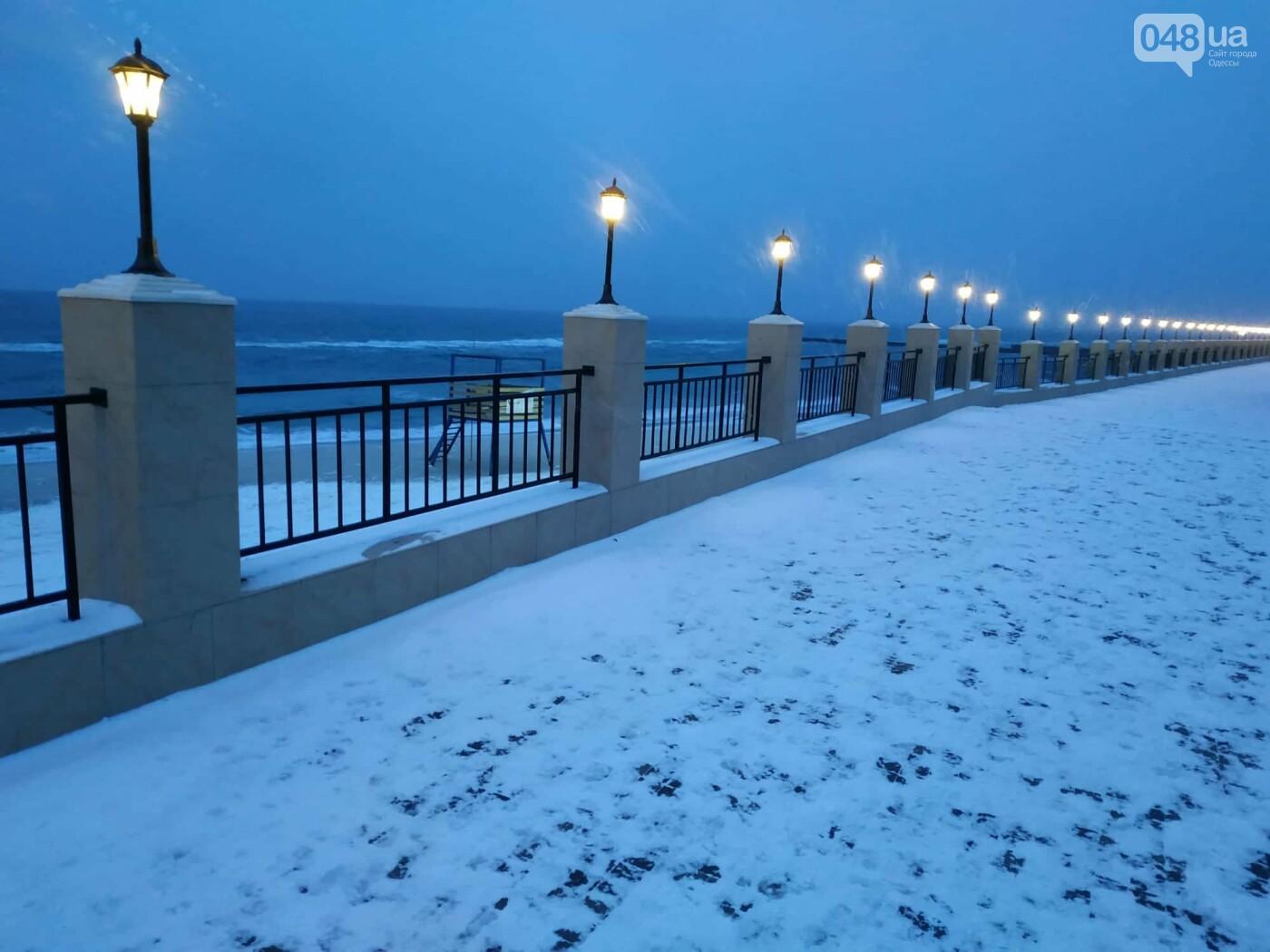 Заснеженные одесские пляжи вечером: вот где стоит прогуляться, - ФОТО, фото-20