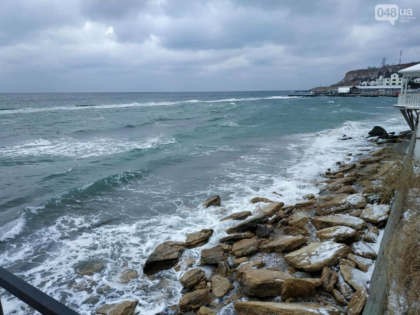 Заснеженные одесские пляжи вечером: вот где стоит прогуляться, - ФОТО, фото-65