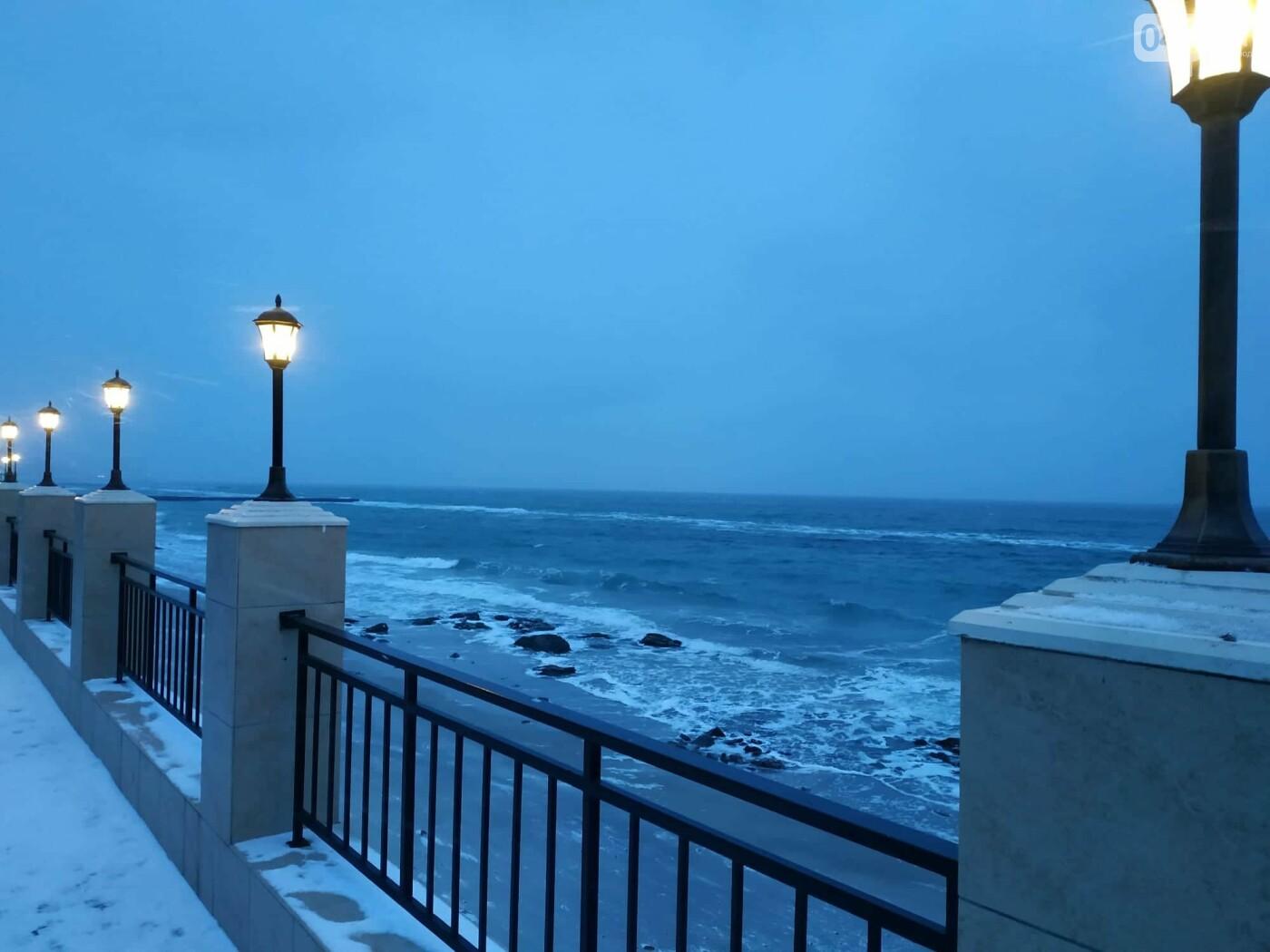 Заснеженные одесские пляжи вечером: вот где стоит прогуляться, - ФОТО, фото-13