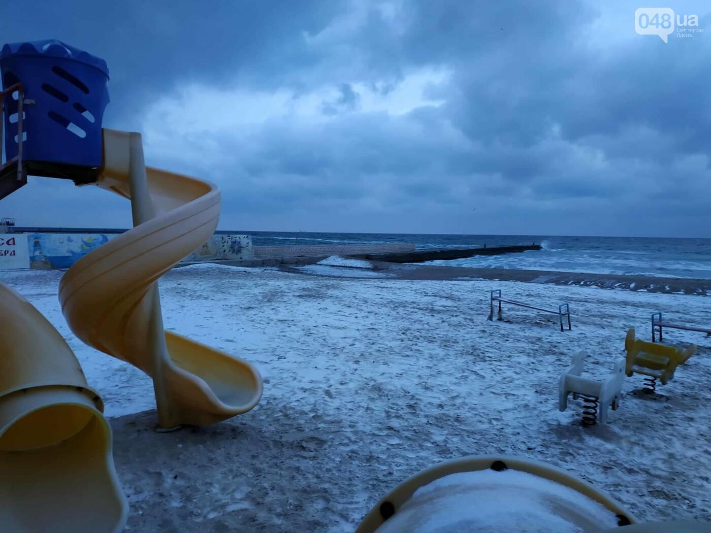 Заснеженные одесские пляжи вечером: вот где стоит прогуляться, - ФОТО, фото-27