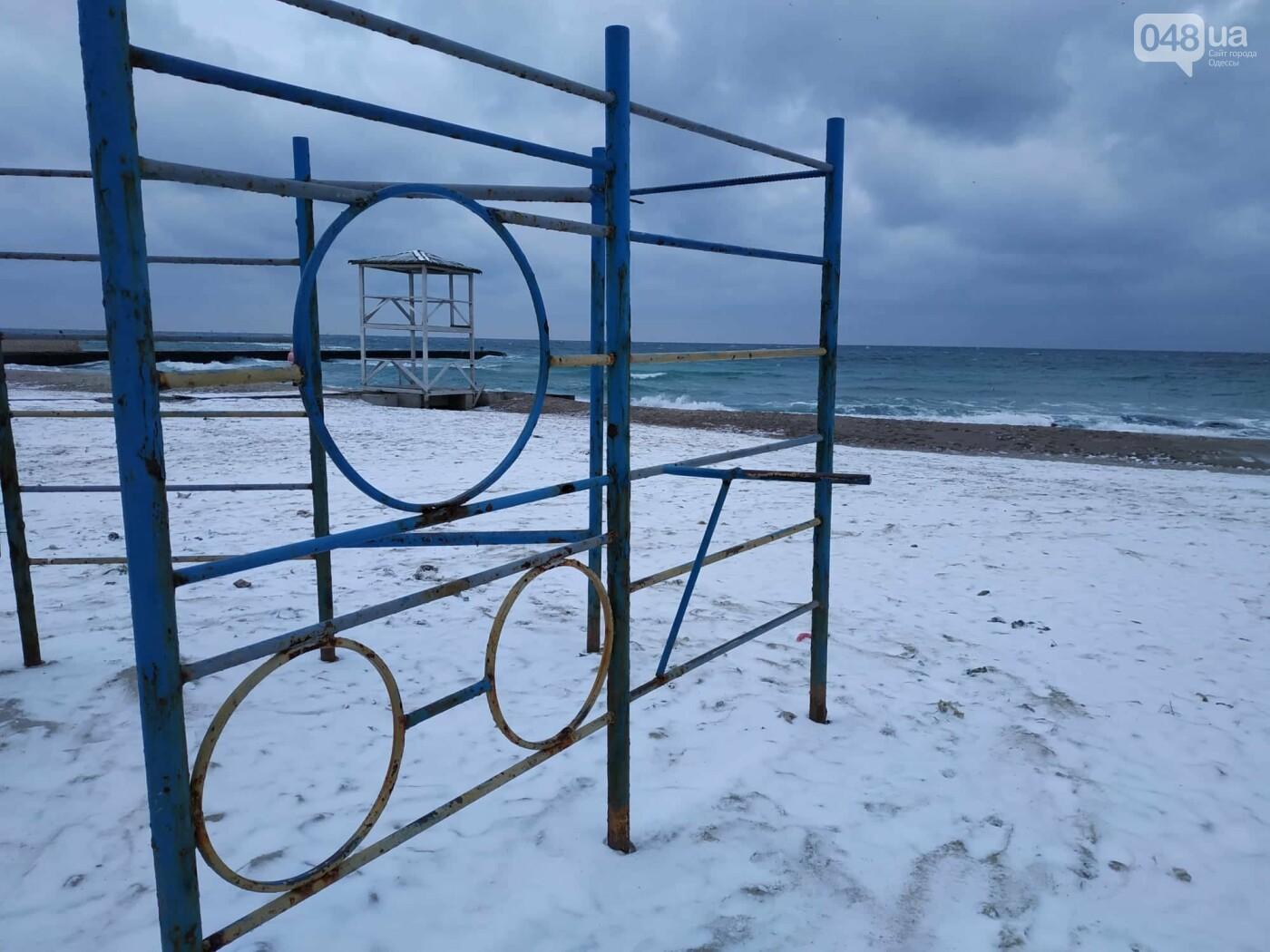 Заснеженные одесские пляжи вечером: вот где стоит прогуляться, - ФОТО, фото-57
