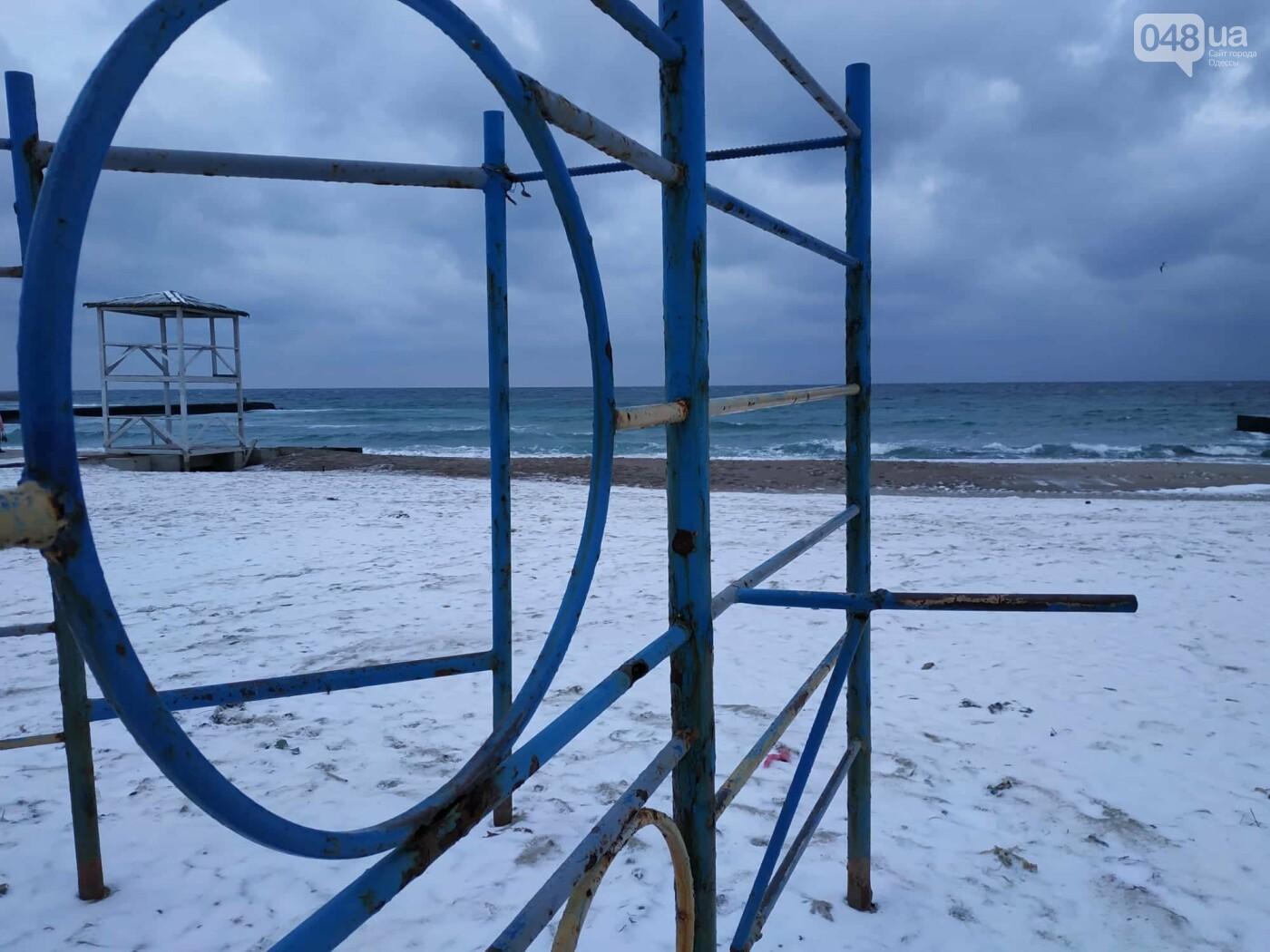 Заснеженные одесские пляжи вечером: вот где стоит прогуляться, - ФОТО, фото-37