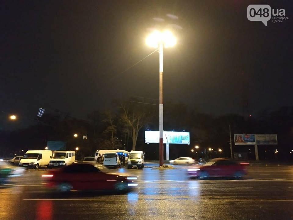 В Одессе засветил огромный фонарь, - ФОТО, фото-10