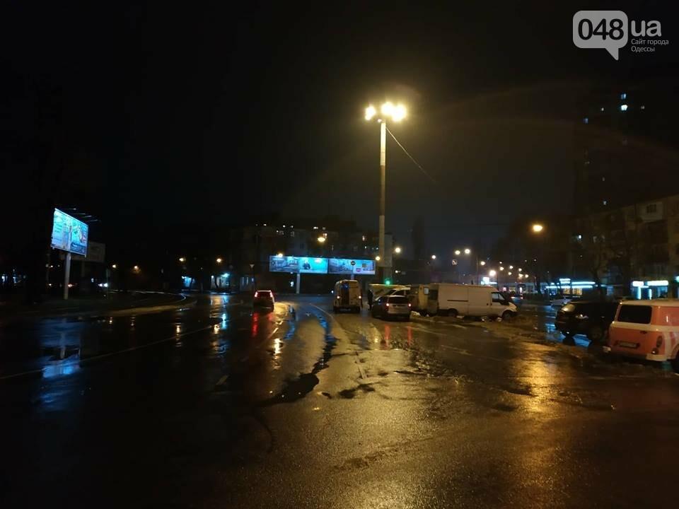 В Одессе засветил огромный фонарь, - ФОТО, фото-11