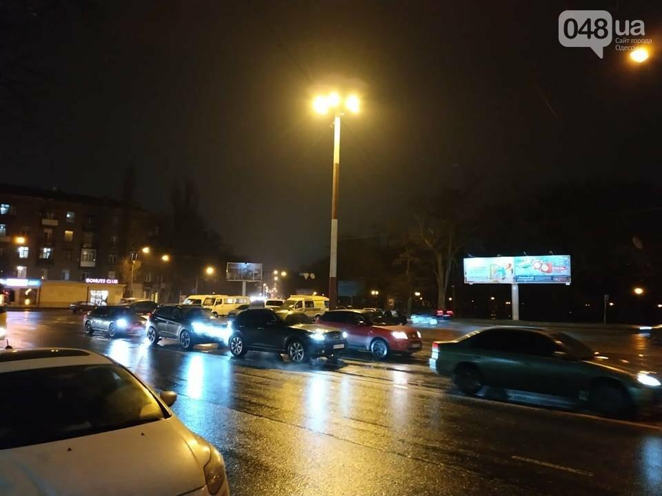В Одессе засветил огромный фонарь, - ФОТО, фото-2