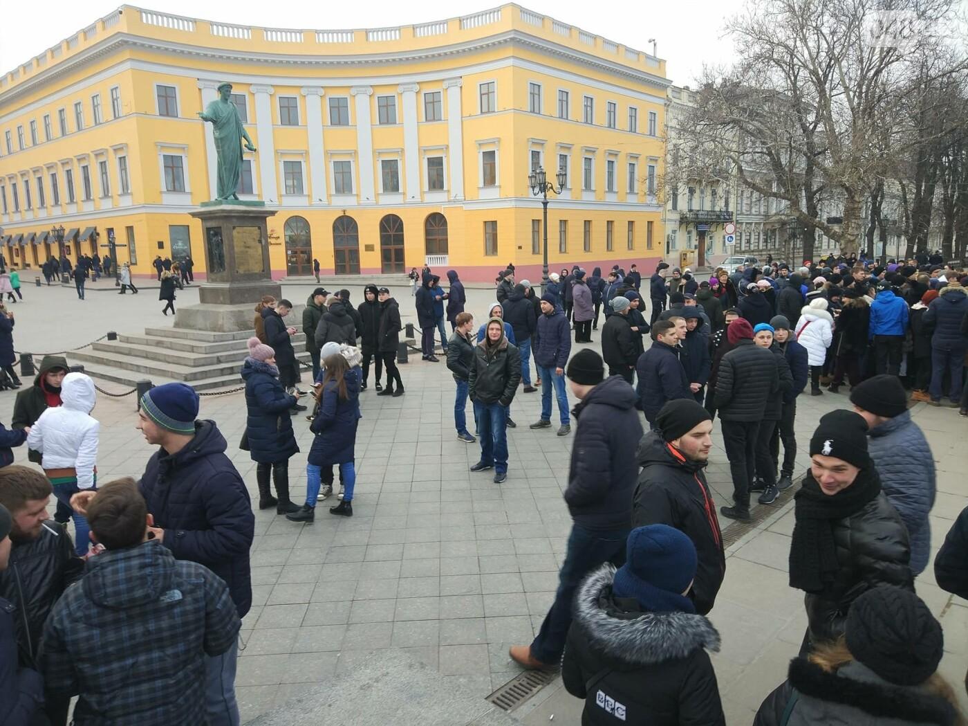 Выборы президента - в Одессе собрали митинг за несуществующего кандидата - фото 5