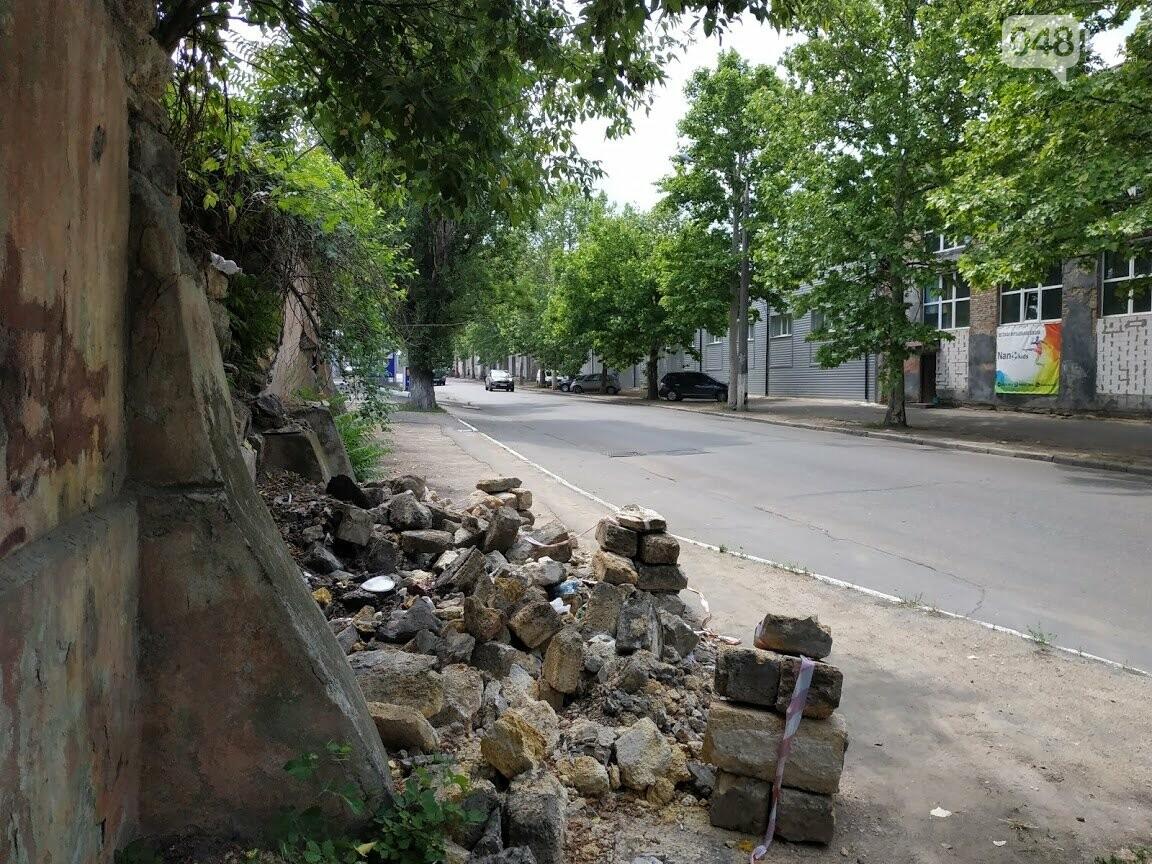 Рухнувший забор на Балковской