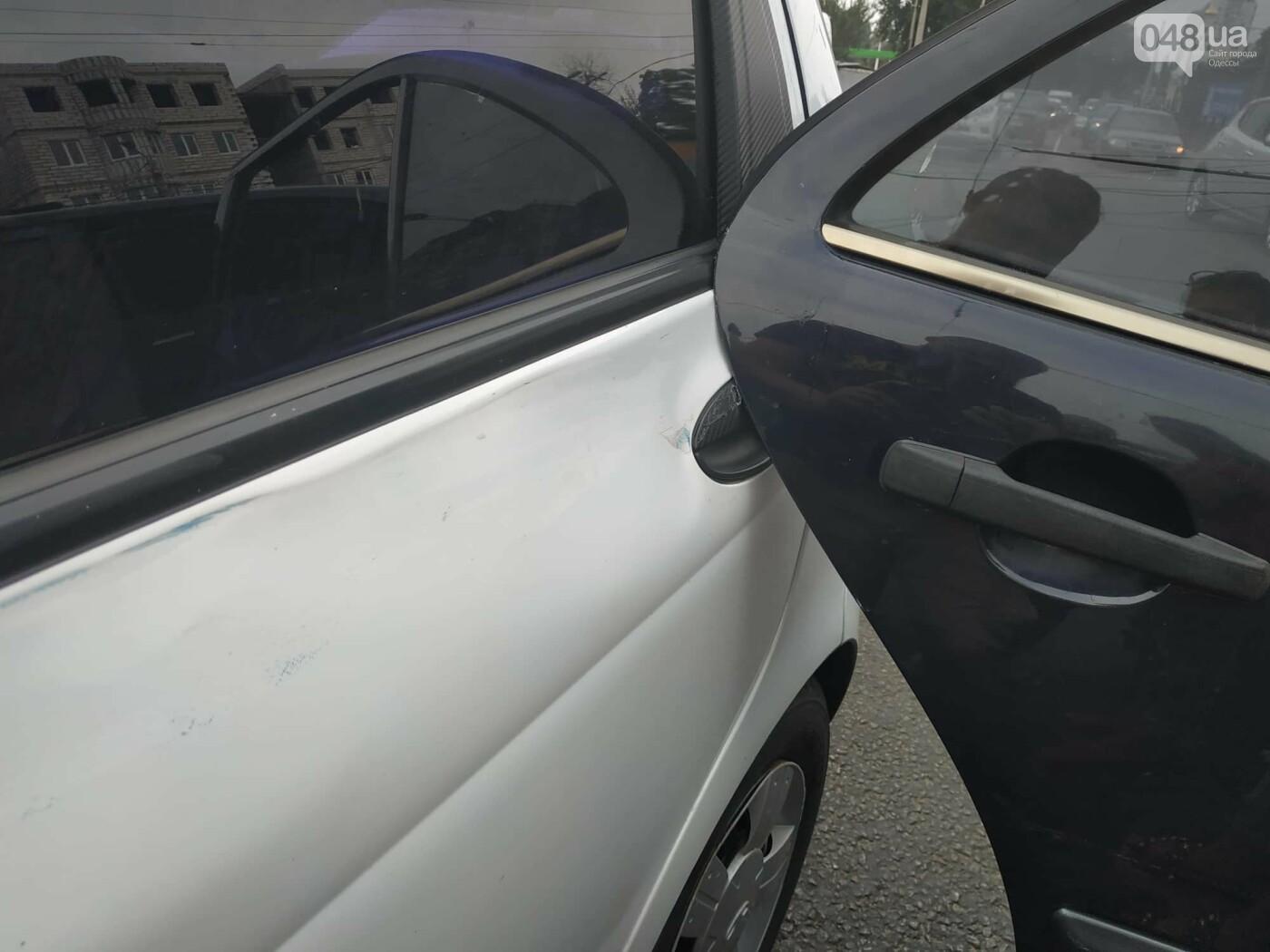 """Пассажир, """"выпрыгнувший"""" посреди дороги в Одессе: стали известны подробности ДТП, - ФОТО, фото-12"""