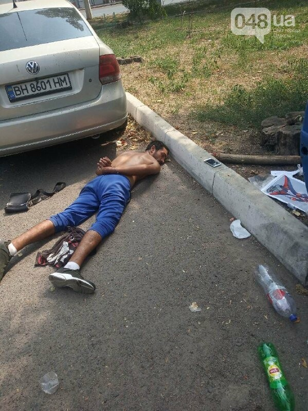 В Одессе активист помог задержать мужчин, вырвавших из рук ребенка телефон, - ФОТО, фото-3, ФОТО: Андрей Ким