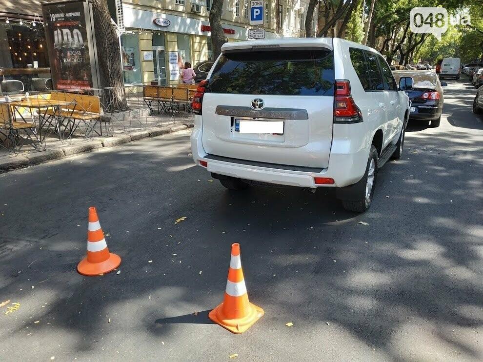 Авария в центре Одессы: водителя увезла скорая, - ФОТО, фото-5