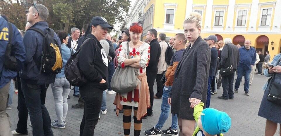 Против подписания «формулы Штайнмайера» протестовали сотни одесситов, - ФОТО, ВИДЕО, фото-14