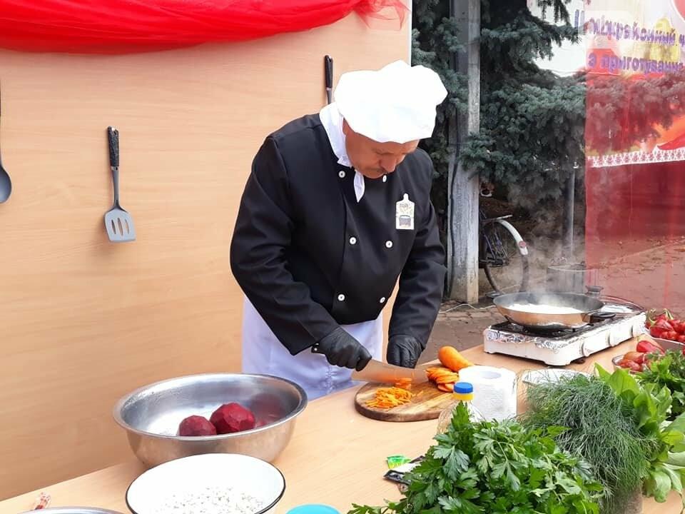 На гастрономическом фестивале в Одесской области прошел чемпионат борща, - ФОТО, фото-4