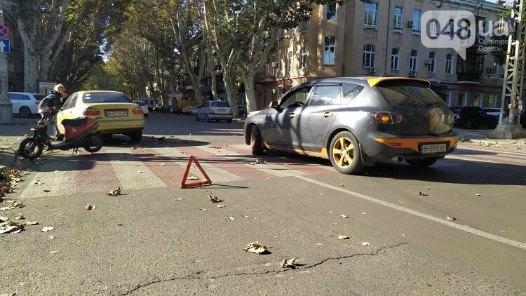 Одесситам на заметку: из-за аварии в центре Одессы образовались пробки, - ФОТО, фото-2