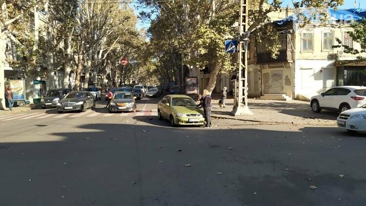 Одесситам на заметку: из-за аварии в центре Одессы образовались пробки, - ФОТО, фото-10