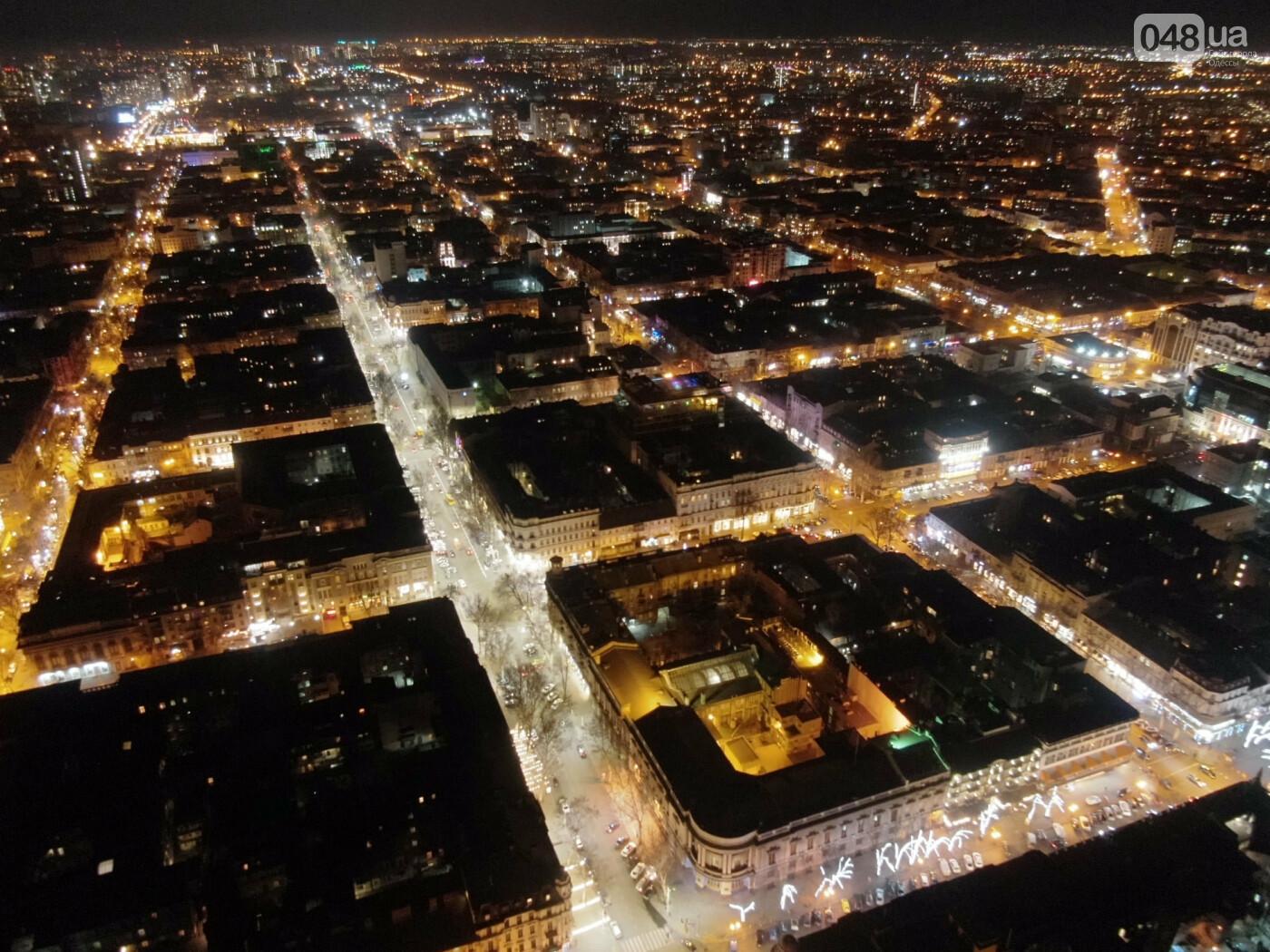 Ночная Одесса с высоты птичьего полета.
