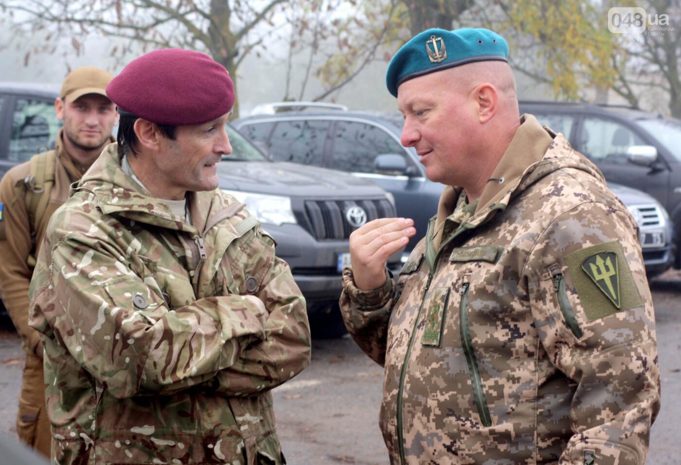 Генерал-лейтенант Юрий Содоль (справа) - АрміяInform