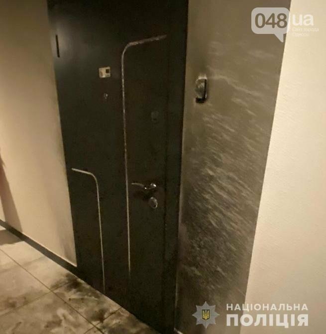 Одессит поджег дверь любимой и поехал кататься пьяным,- ФОТО, фото-2