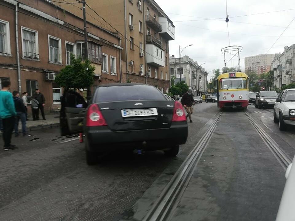 В центре Одессы произошло тройное ДТП, - ФОТО, фото-5