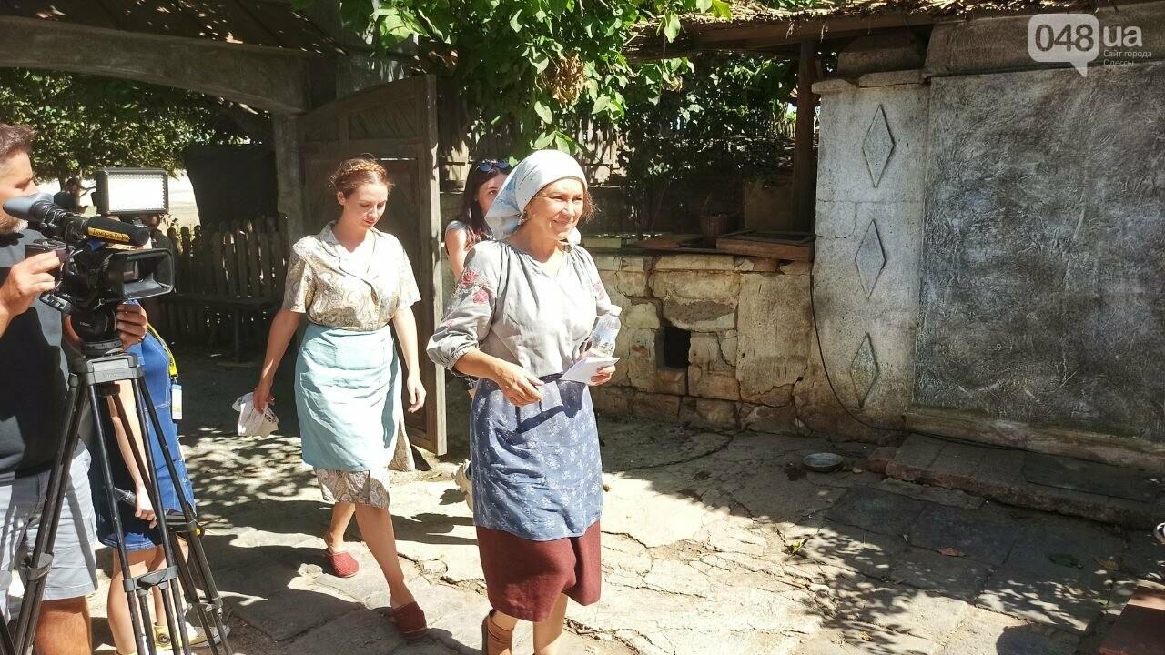 Режиссер рассказал, почему фильм о военном Мариуполе снимают в Одессе ,- ФОТОРЕПОРТАЖ, фото-4