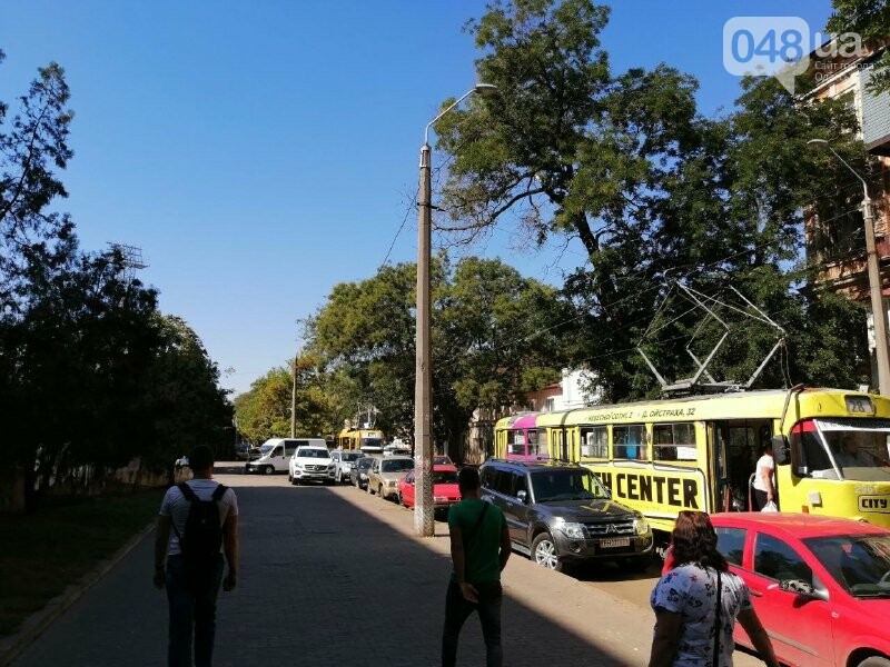 В Одессе остановились трамваи №5 и №28 , - ФОТО, ВИДЕО2