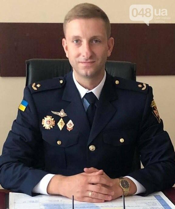 Одесский спасатель оказал первую помощь пострадавшей в ДТП,-ФОТО2