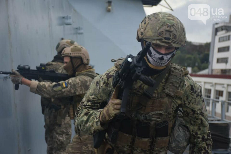 В Одессе ВСУ провели учения с коллегами из НАТО на британском эсминце, - ФОТО, фото-1