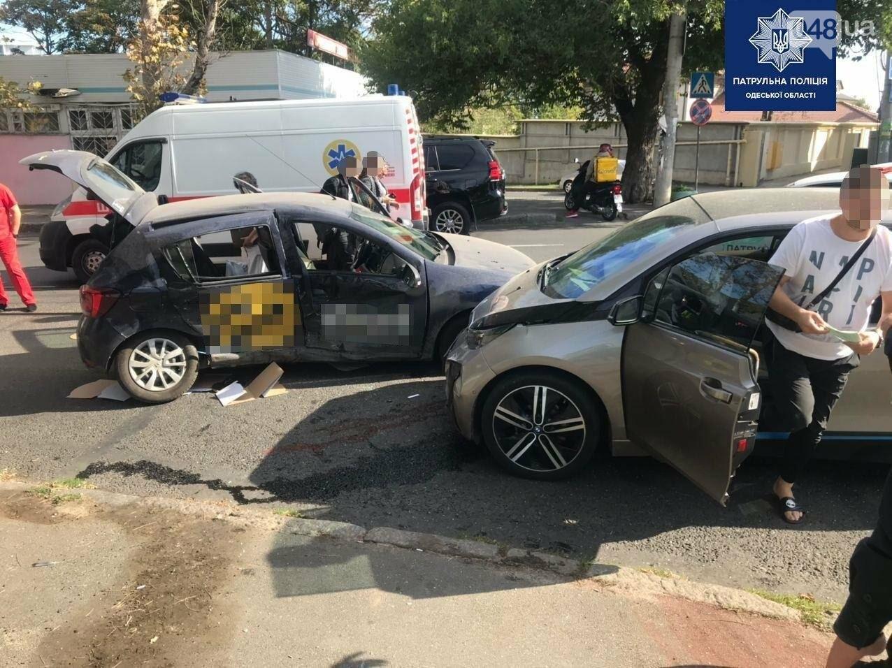 В Приморском районе Одессы ДТП: одна погибшая, двое с травмами, - ФОТО, фото-1