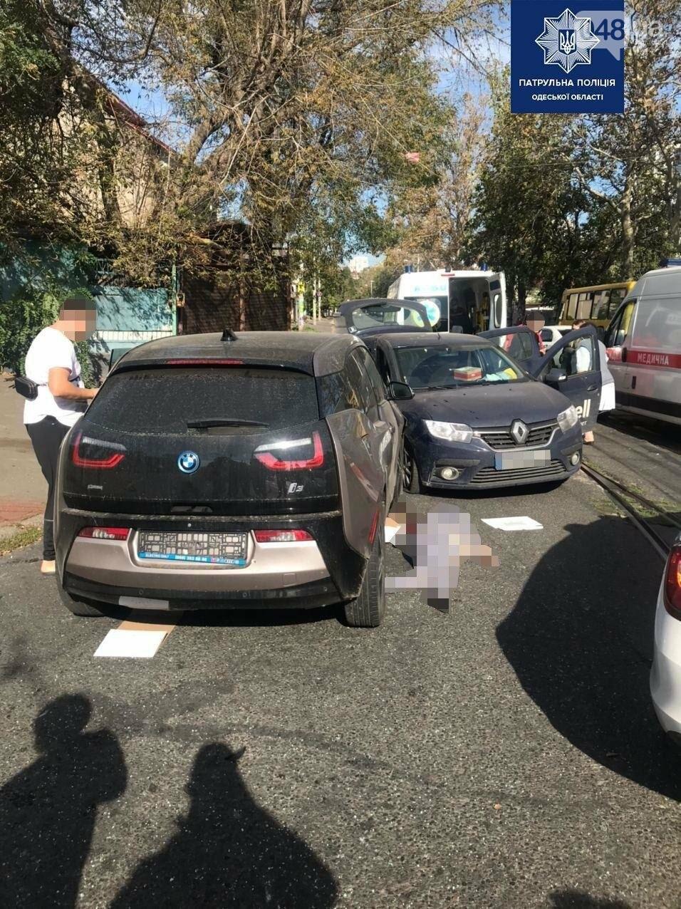 В Приморском районе Одессы ДТП: одна погибшая, двое с травмами, - ФОТО, фото-2