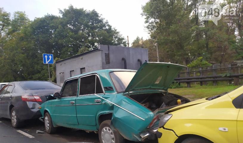 В Одессе в одно ДТП попали 5 автомобилей, - ФОТО, фото-1