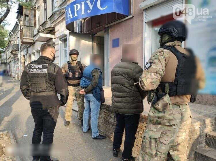 В Одессе мошенники пытались завладеть зданием фискальной службы, - ФОТО1