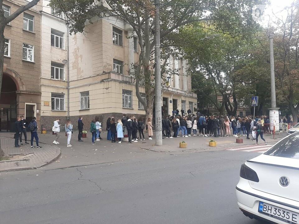 Флешмоб или преступление: почему на одном из избирательных участков в Одессе собрали студентов Кивалова , - ВИДЕО, фото-2