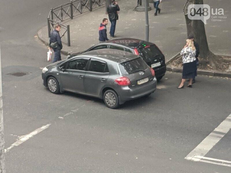 В Одессе из-за ДТП осложнено движение по одной из улиц, - ФОТО, фото-11