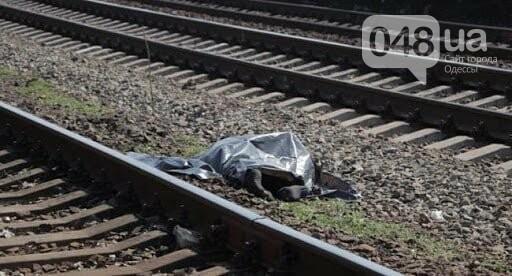В Одесской области поезд сбил двух пожилых людей, женщина п..., фото-11