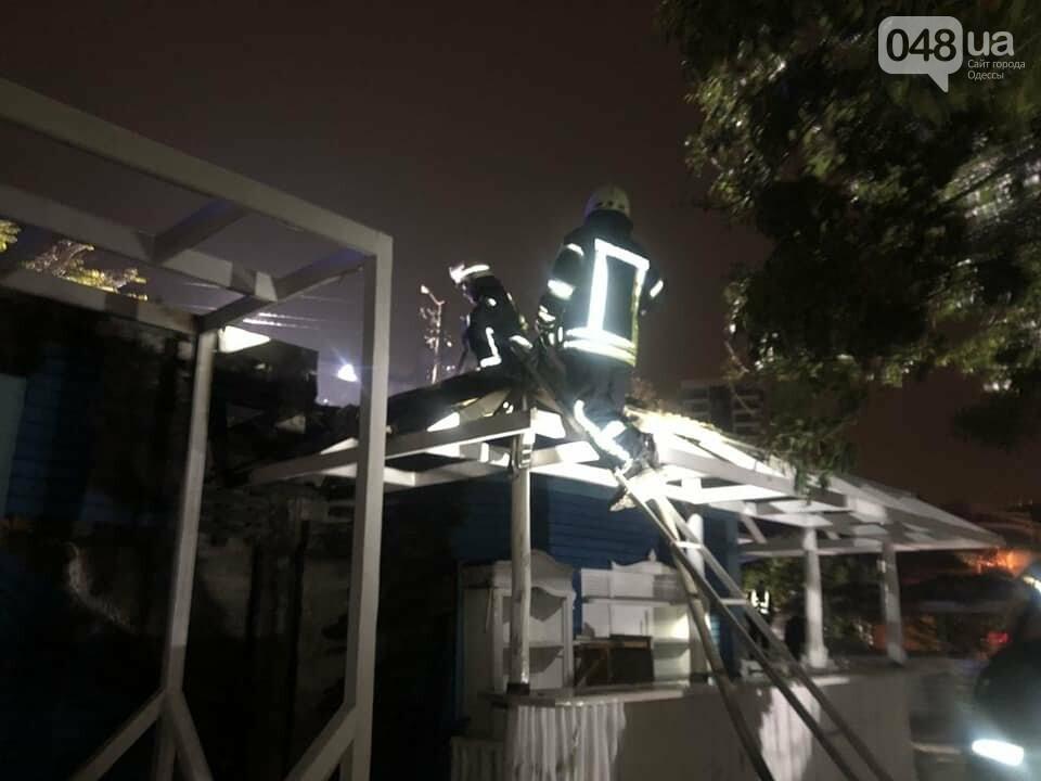В Одессе горел ресторан, - ФОТО, фото-4