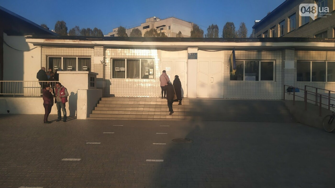 Местные выборы в Одессе: фиксируется рекордно низкая явка, фото-12, ФОТО: Александр Жирносенко