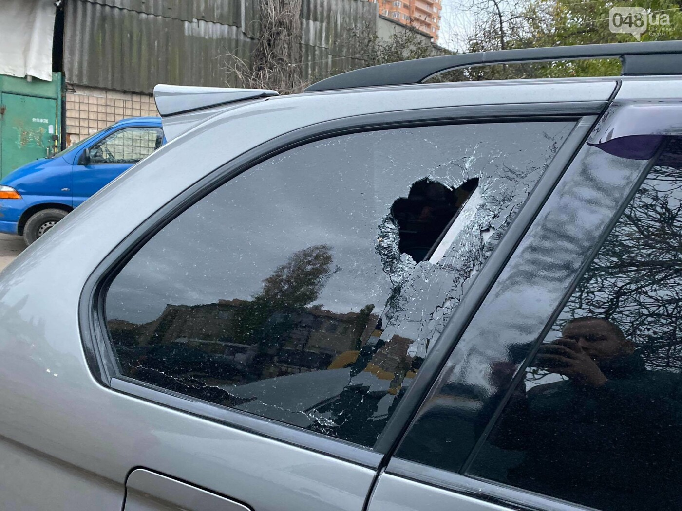В День достоинства и свободы в Одессе разбили битами автомобиль активиста,- ВИДЕО, ФОТО, фото-1