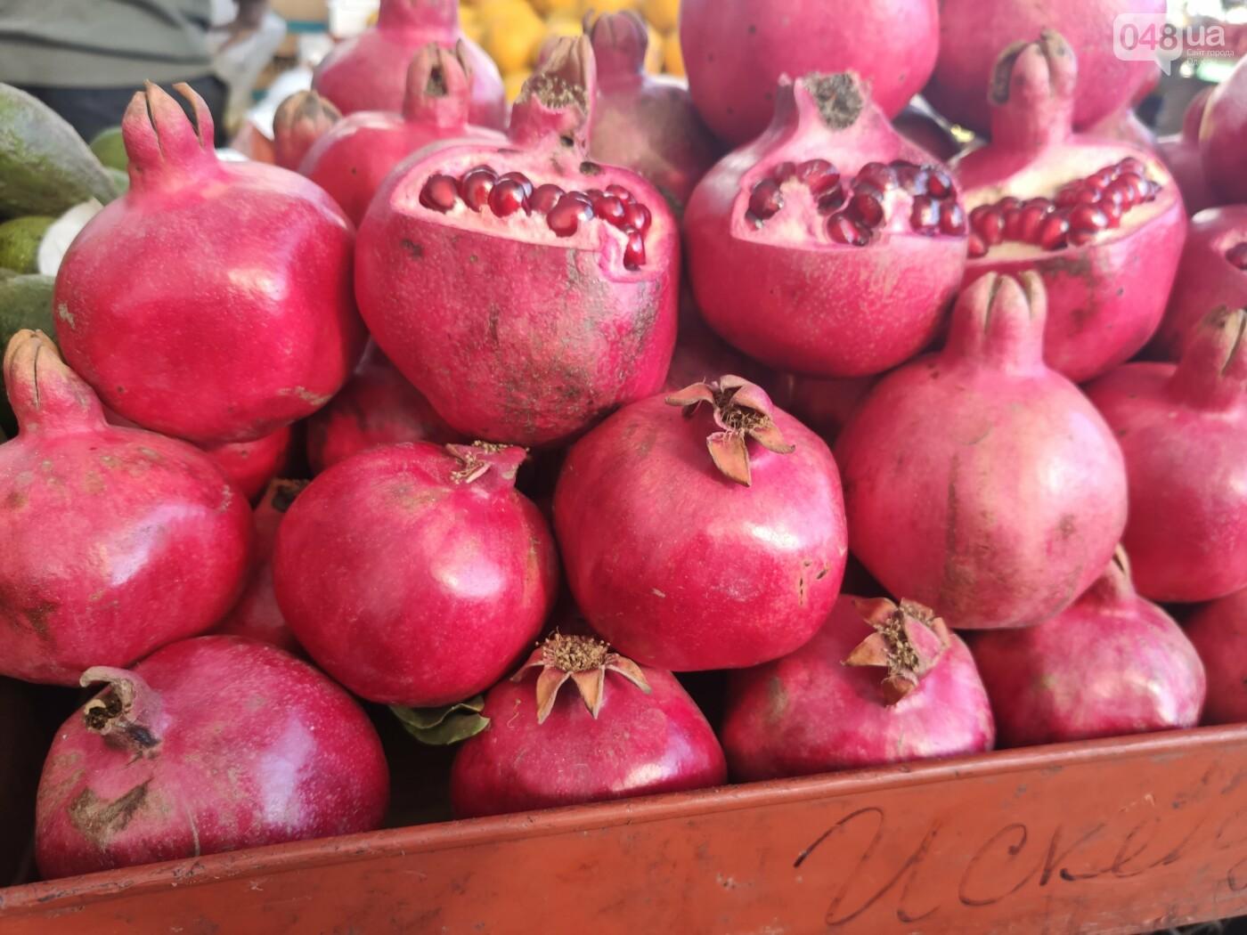 Виноград, мандарины, редис: сколько на одесском Привозе стоят фрукты и овощи, - ФОТО, фото-6