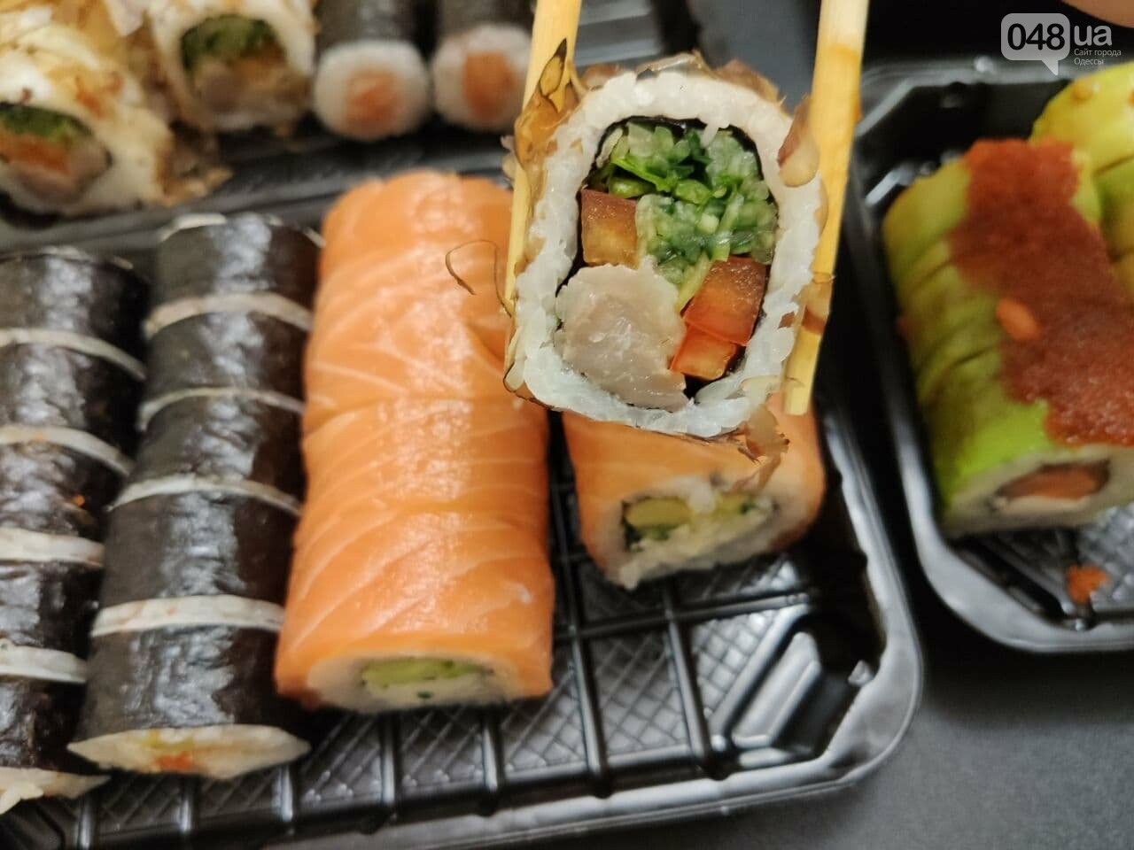 Тестируем доставку килограммового набора роллов из популярной сети суши-баров в Одессе, - ФОТО, фото-6