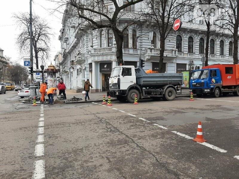 В Одессе появился новый лежачий светофор, - ФОТО, ВИДЕО, фото-2