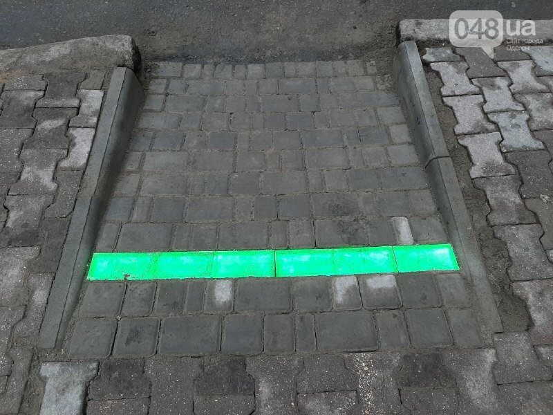 В Одессе появился новый лежачий светофор, - ФОТО, ВИДЕО, фото-6
