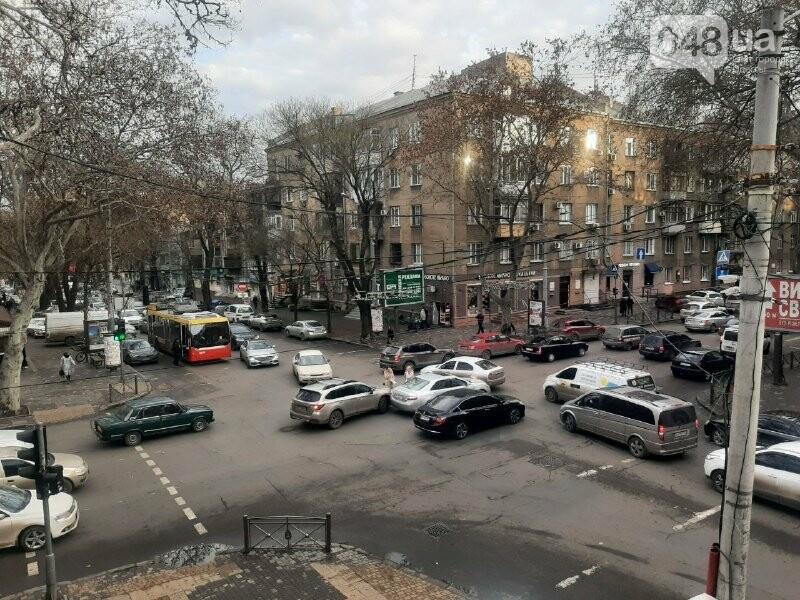 В центре Одессы автоледи устроили ДТП, - ФОТО, фото-1