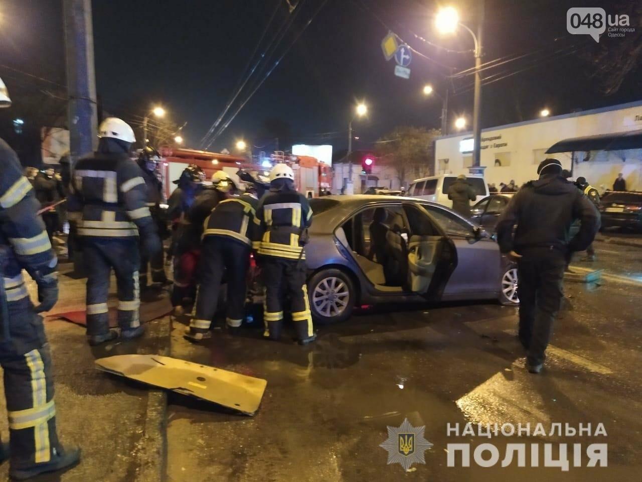 В Одессе в ночном ДТП погибли два человека, - ФОТО, ВИДЕО, ОБНОВЛЕНО, фото-5