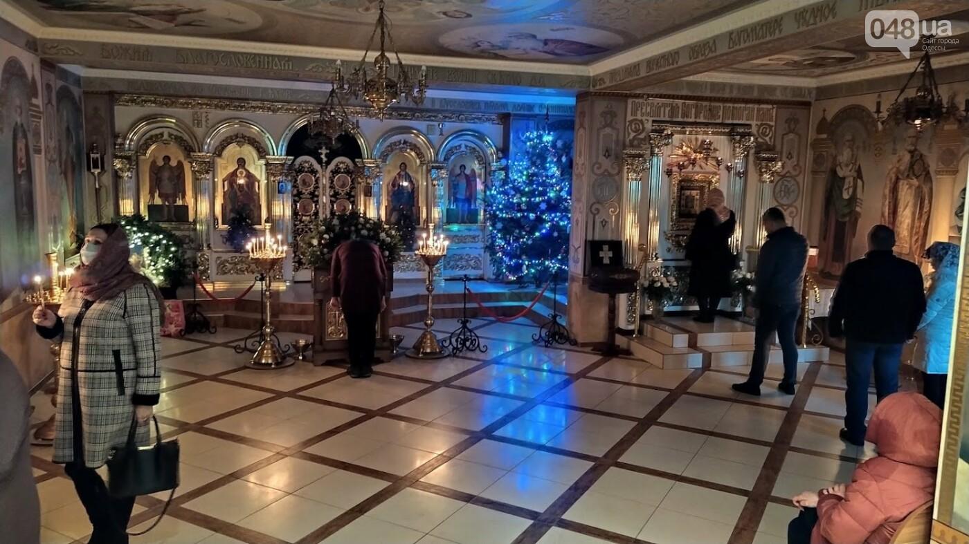 Фотопятница: как в Одессе украсили церкви на Рождество, - ФОТОРЕПОРТАЖ, фото-30, ФОТО: Александр Жирносенко