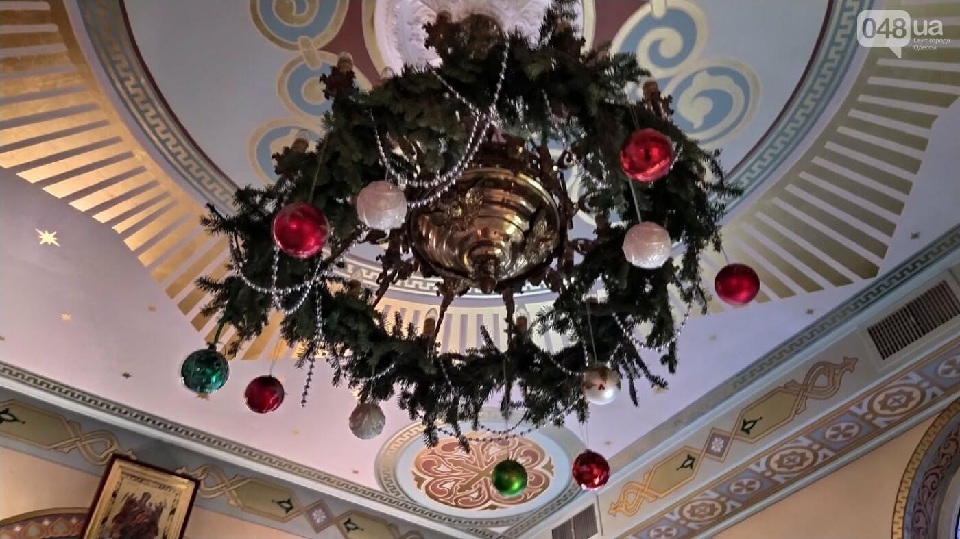 Фотопятница: как в Одессе украсили церкви на Рождество, - ФОТОРЕПОРТАЖ, фото-29, ФОТО: Александр Жирносенко