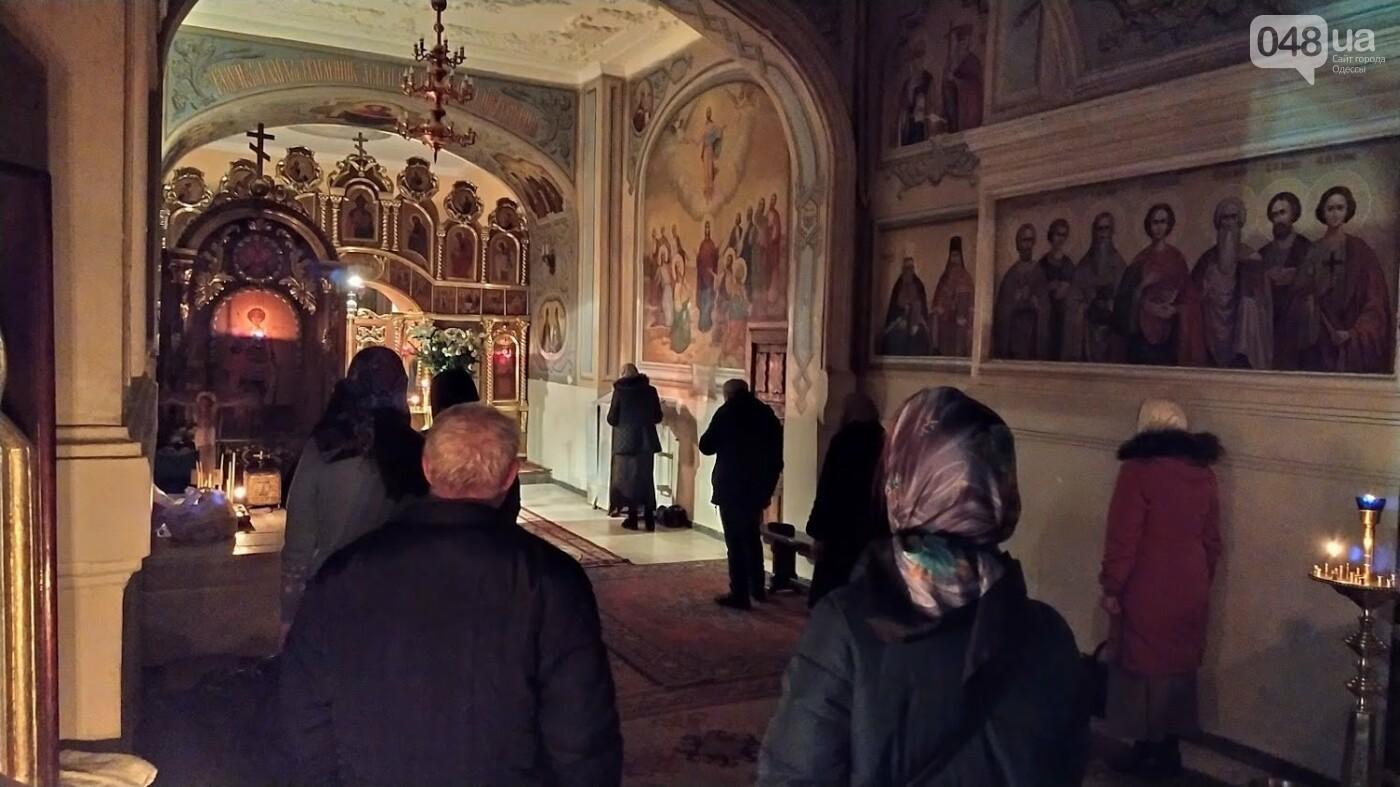 Фотопятница: как в Одессе украсили церкви на Рождество, - ФОТОРЕПОРТАЖ, фото-14, ФОТО: Александр Жирносенко
