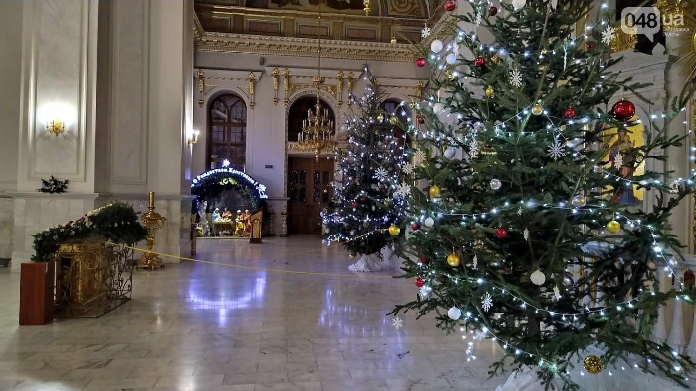 Фотопятница: как в Одессе украсили церкви на Рождество, - ФОТОРЕПОРТАЖ, фото-17, ФОТО: Александр Жирносенко