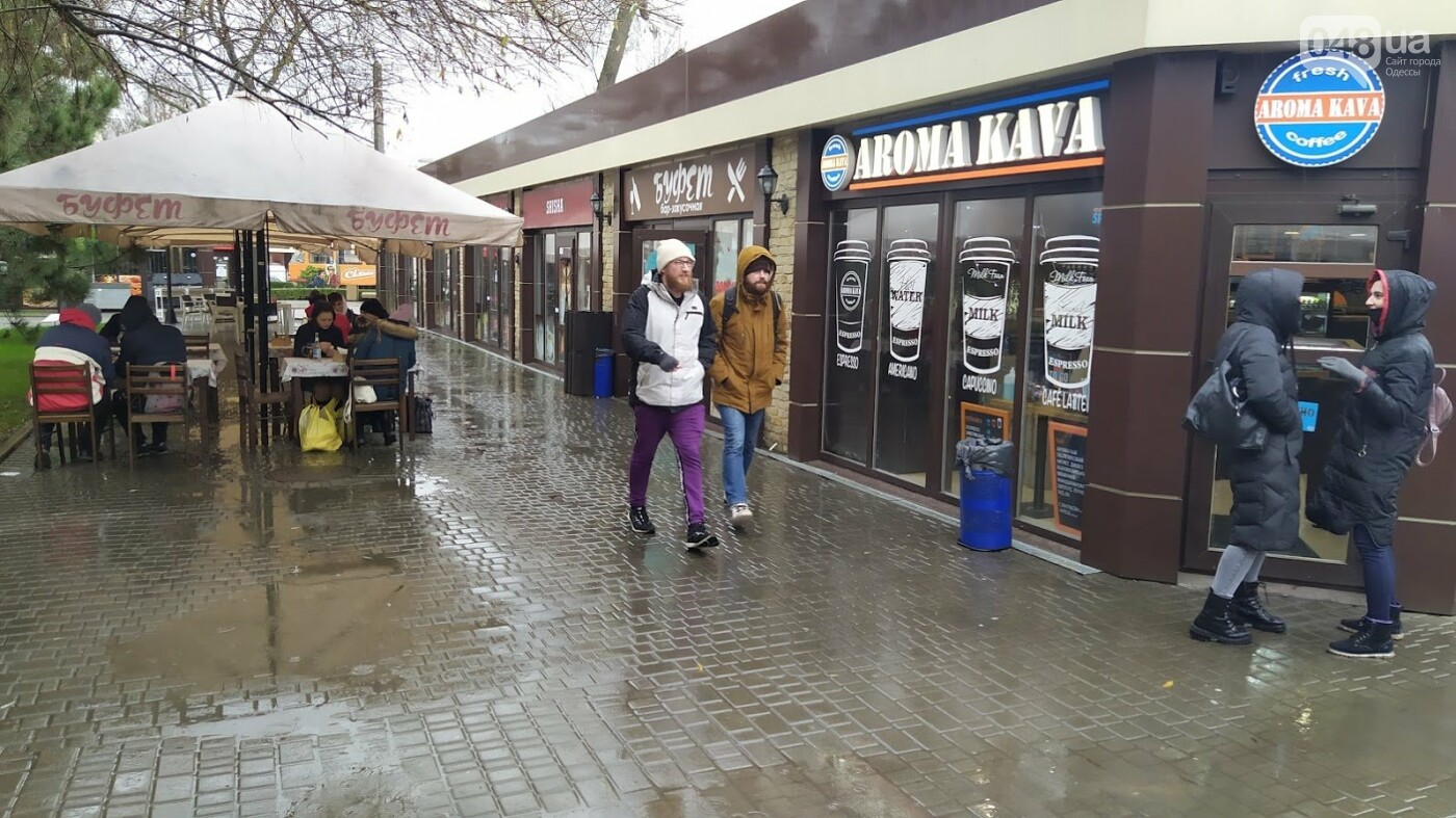 Локдаун в Одессе: как соблюдают правила карантина в центре города,- ФОТО, фото-5, ФОТО: Александр Жирносенко.