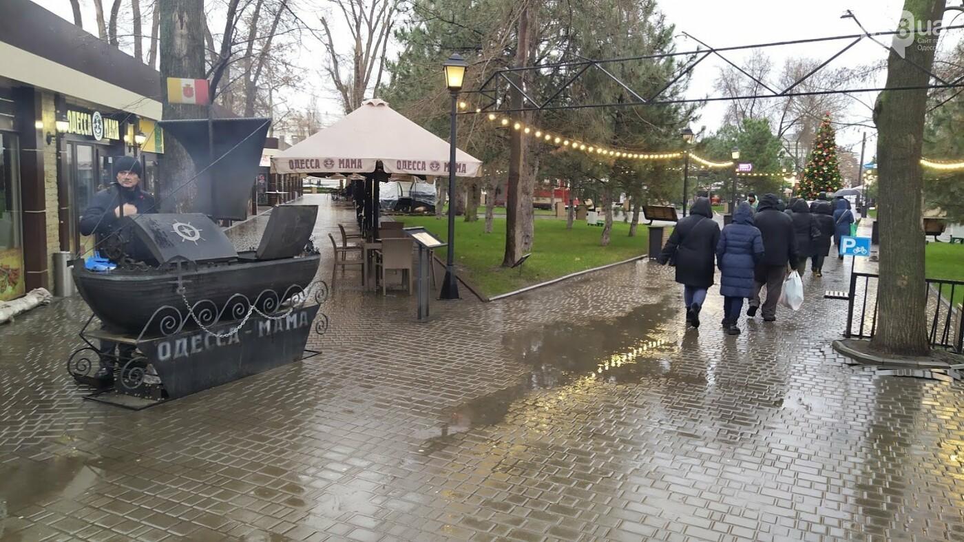 Локдаун в Одессе: как соблюдают правила карантина в центре города,- ФОТО, фото-9, ФОТО: Александр Жирносенко.