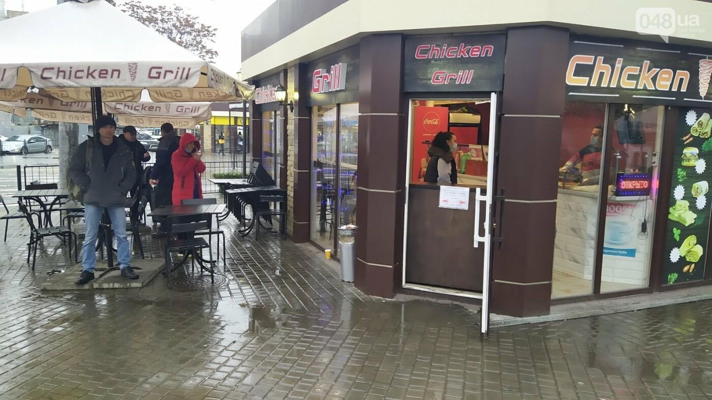 Локдаун в Одессе: как соблюдают правила карантина в центре города,- ФОТО, фото-7, ФОТО: Александр Жирносенко.