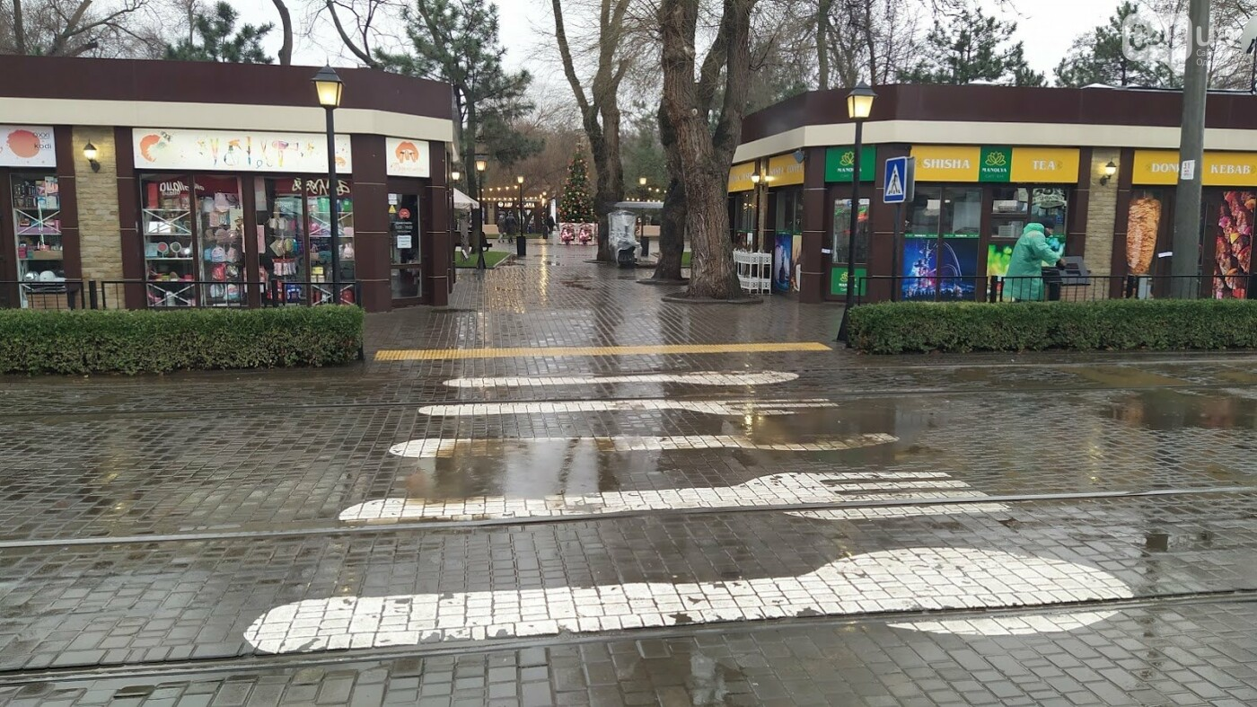 Локдаун в Одессе: как соблюдают правила карантина в центре города,- ФОТО, фото-1, ФОТО: Александр Жирносенко.